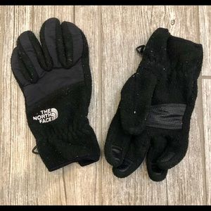 Women's North Face Gloves